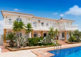 Immobilien An Der Costa Brava Kaufen Hauser Wohnungenimmobilien