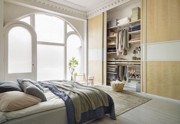 schlafzimmer einrichten und gem tlich gestalten bilder. Black Bedroom Furniture Sets. Home Design Ideas